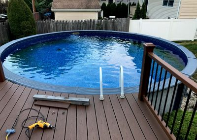 Round Pool-Deck in Clifton, NJ